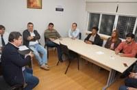 Vereadores se reúnem com prefeito na Câmara Municipal